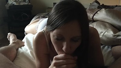 Sexy MILF Julie Sucks a Hard Cock
