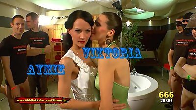 Queen Viktoria and Hottie Aymie Piss..