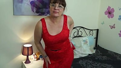 Naughty British Housewife Masturbating