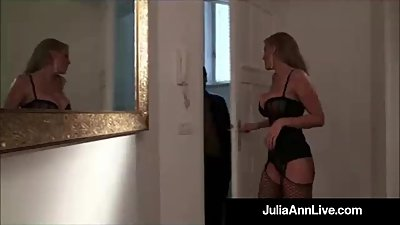 Blonde Bombshell Milf Julia Ann Gets A..