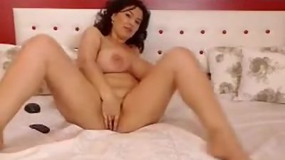 MILF WEBCAM TEASER