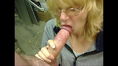 Great Tongue Action Stills.mp4
