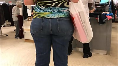 Candid voyeur big ass in tight jeans